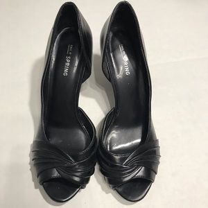4/$25 CALL IT SPRING - Heel Size 8